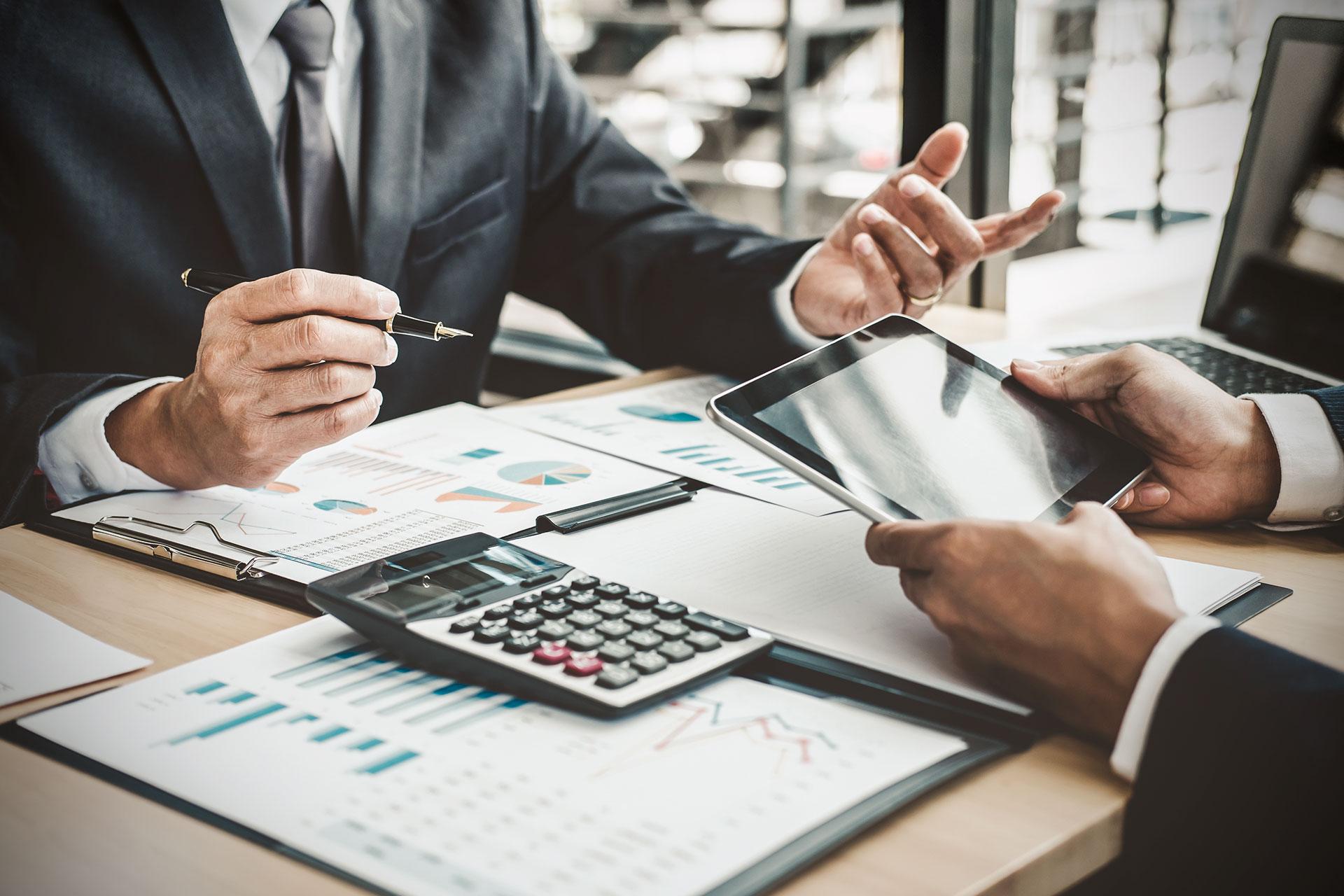apis-servizi-di-finanza-e-consulenza-su-misura-per-i-clienti