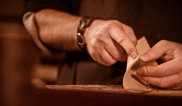 artigianalita-e-innovazione-le-prime-fasi-della-concia-richiedono-profili-flessibili